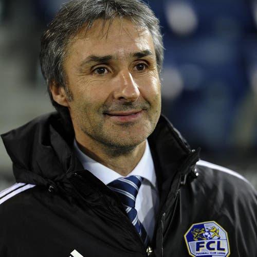 FC Luzern Trainer Ryszard Komornicki vor dem Match. (Bild: Keystone)
