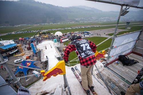 Blick vom Startturm auf das Areal. (Bild: Roger Grütter / Neue LZ)