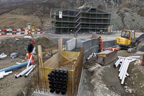 26.11.2012: Die Villa ist bis zum Rohbau fertiggestellt. (Bild: Keystone)