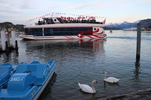 Das neue Schiff vom Schwanenplatz aus gesehen. (Bild: Stefanie Nopper / Luzernerzeitung.ch)