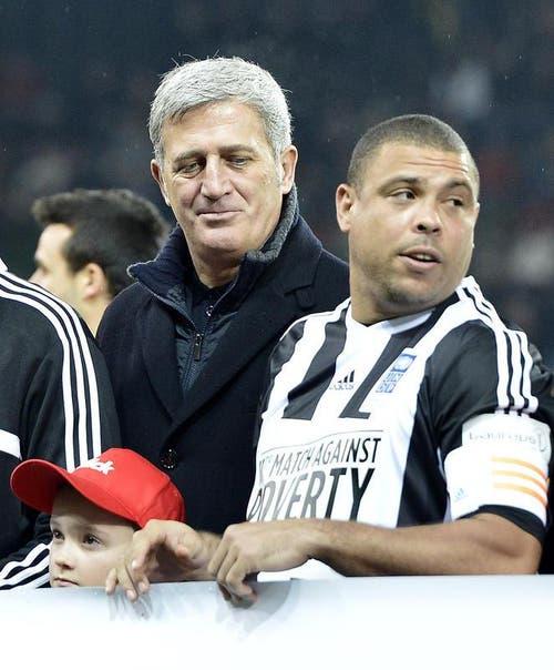 Vladimir Petkovic, links, und der Brasilianer Ronaldo. (Bild: Keystone)