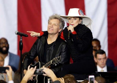 Jon Bon Jovi und Lady Gaga unterstützen Hillary Clinton. (Bild: Keystone)