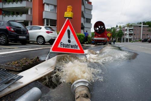 Unwetterschäden in Würzenbachquartier Luzern. (Bild: Corinne Glanzmann)