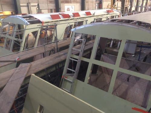 27. April 2017: Bei der Shiptec in Luzern entstehen die neuen Kabinen der Bürgenstock-Bahn. Sie bieten je 56 Personen Platz. (Bild: pd/Shiptec)