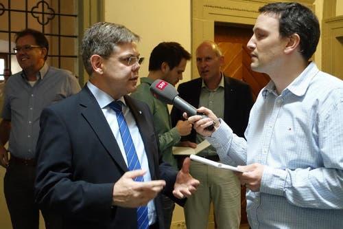 Die SVP des Kantons Luzern wolle mit Regierungsrat Paul Winiker «Brücken bauen zu den Mitteparteien», sagt Parteipräsident Franz Grüter. (Bild: Kanton Luzern)