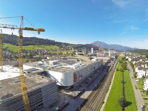 4. August 2016: Luftaufnahme von der «Mall of Switzerland». (Bild: René Meier)