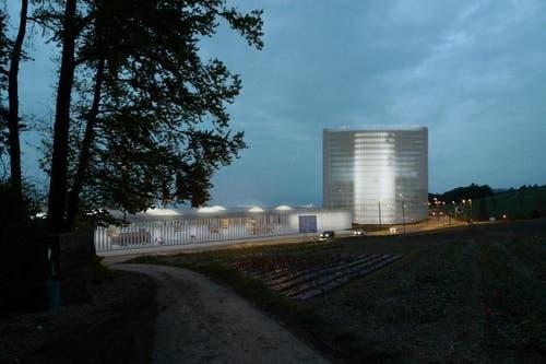 Die Parkhäuser und die U-Bahn-Station neben der KVA im Gebiet Ibach (Bild: PD)