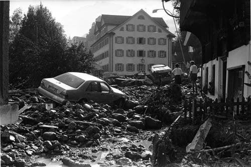 Ein verheerendes Unwetter sucht 1997 Sachseln heim. (Bild: Josef Reinhard/Neue OZ)