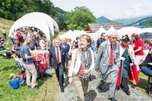 1. August Feier auf dem Rütli: Im Bild ist Bundespräsidentin Simmoneta Sommaruga auf dem Weg zur Rede. (Bild: Roger Grütter / Neue LZ)