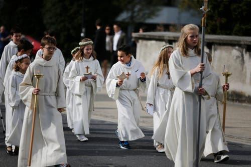 Weisser Sonntag in der St. Martinskirche in Baar. (Bild: Stefan Kaiser / Neue ZZ)