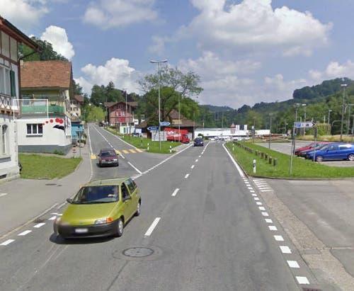 Platz 5: Wolhusen, Verzweigung Ruswilerstrasse, 6 Unfälle (Bild: Google Maps)