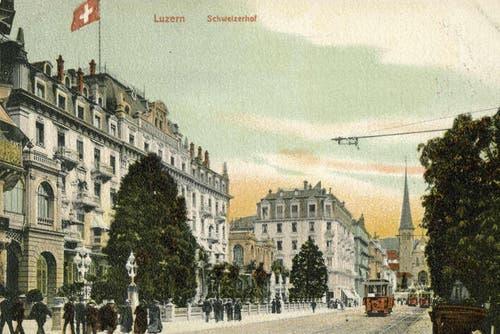Schweizerhofquai mit dem Hotel Schweizerhof, 1903 (Bild: PD)