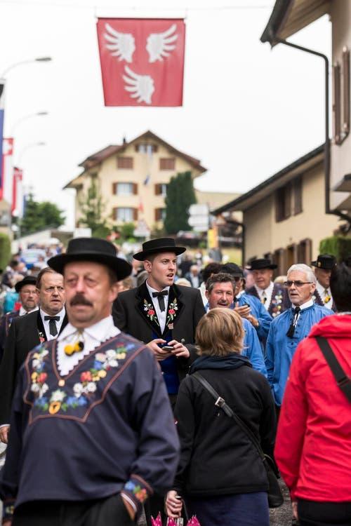 Besucher am 61. Zentralschweizerischen Jodlerfest. (Bild: Alexandra Wey/Keystone)