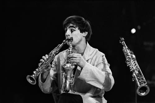 Multiinstrumentalist mit Pilzfrisur: Dimitri 1970 in Circus Knie in Zürich. (Bild: Keystone / Str)