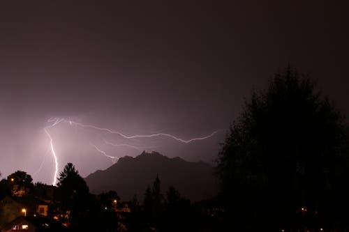 Pilatus von Blitzen hinterzogen. (Bild: Leserbild Niklaus Stengele)