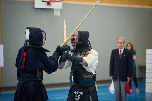 Kendo ist eine traditionelle japanische Schwertkampfkunst. (Bild: Roger Grütter/Neue LZ)
