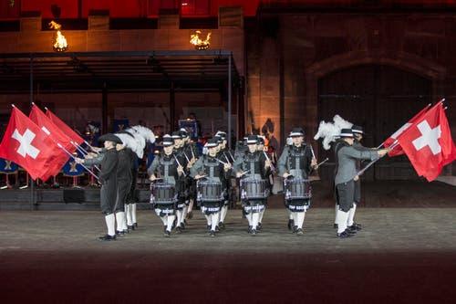 The Top Secret Drum Corps aus der Schweiz. (Bild: Keystone / Patrick Staub)