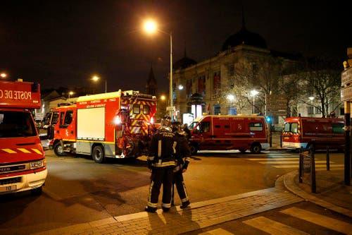 Police investigation operations after Paris attacks (Bild: Keystone)