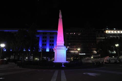 Die Pyramide de Mayo in Buenos Aires. (Bild: EPA/RAMIRO GOMEZ)