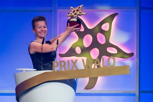 Jodelte sich in die Herzen: Nadja Räss gewann den Prix Walo in der Kategorie «Jodel». (Bild: KEYSTONE/Ennio Leanza)