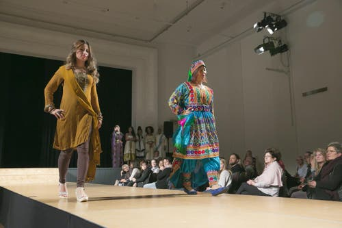 "Internationales ""Gwand"" aus Afghanistan. (Bild: André A. Niederberger / NZ)"