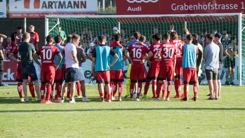 Der FC Thun scheidet im Schweizer Cup bereits aus - und steht etwas ratlos vor seinen Fans. (Bild: Keystone / Marcel Bieri)