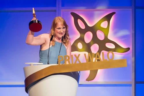 Soulsängerin Ira May wurde mit dem Prix Walo aus der Kategorie «Newcomer» ausgezeichnet. (Bild: KEYSTONE/Ennio Leanza)