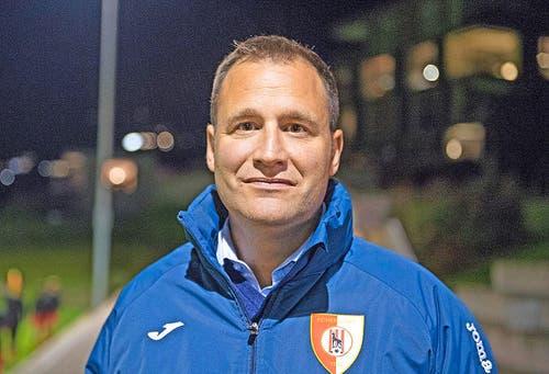 Reto Burri (40, ehemaliger Profistürmer): «Ich spielte bei YB, Sion und Luzern: Die schönsten Erinnerungen habe ich allerdings an den SC Kriens. Der Hype vor dem zweiten Aufstieg in die NLA 1997 war riesig. Ich weiss noch, als gegen den FC Luzern 6500 Zuschauer im Stadion waren, die Leute sogar über den Zaun kletterten und wir danach mit 3:0 gewannen.» (reb) (Bild: Corinne Glanzmann)