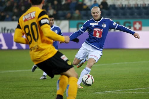 Luzerns Marco Schneuwly erzielt das 1:0. (Bild: Philipp Schmidli / Neue LZ)