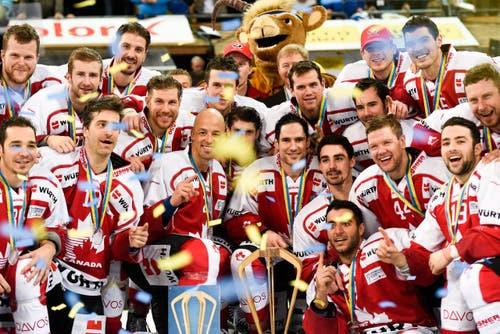 Team Canada gewann mit 4:3 gegen den HC Lugano. (Bild: EPA/GIAN EHRENZELLER)
