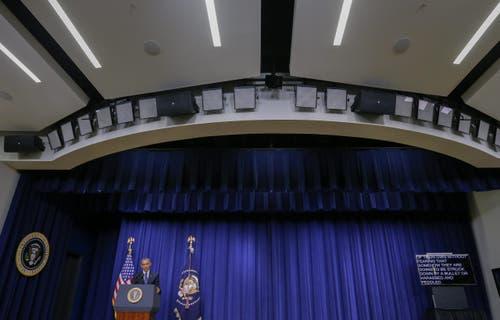 «Deutschland ist einer unserer engsten Verbündeten. Wir werden ihnen jegliche Unterstützung zusagen, die sie in diesen Umständen brauchen können», sagte Obama am Freitagnachmittag (Ortszeit) in Washington. (Bild: Keystone/Erik S. Lesser)