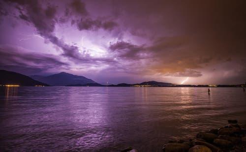 Gewitter über der Rigi (Bild: Leserbild Daniel Hegglin)