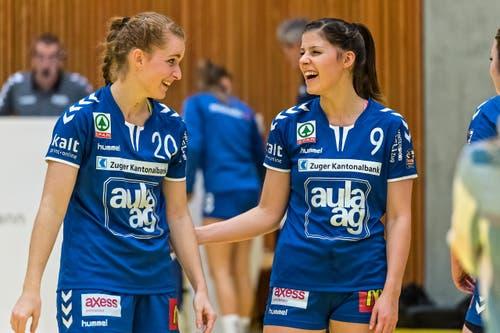 Siegesfreude bei Yael Gwerder undLeah Stutz. (Bild: Christian H.Hildebrand / ZZ)