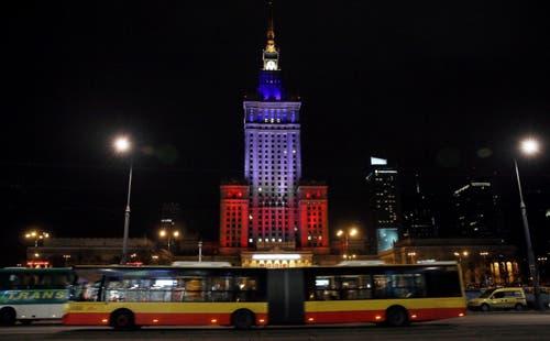 Der Kultur- und Wissneschaftspalast in Warschau. (Bild: EPA/Tomasz Gzell)