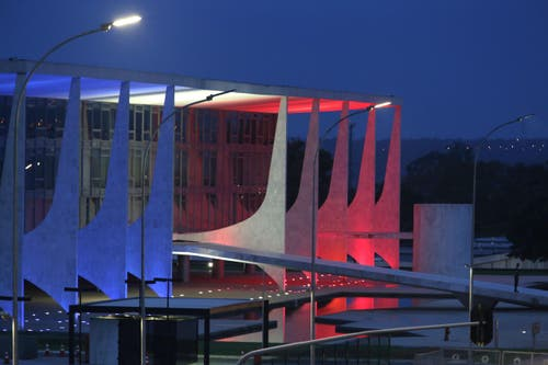 Der Palast des Präsidenten in Brasilia. (Bild: Ap Photo/Eraldo Peres)