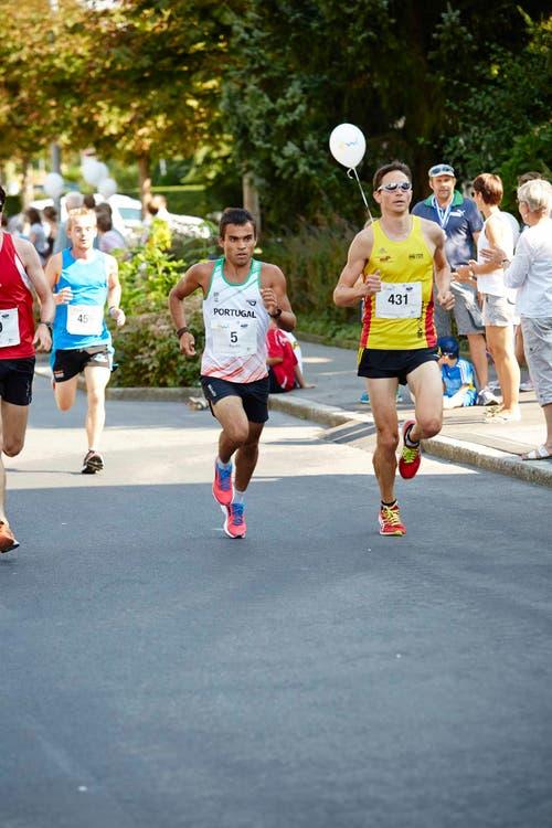 Teilnehmer rennen um die Wette. (Bild: Jakob Ineichen / Neue LZ)