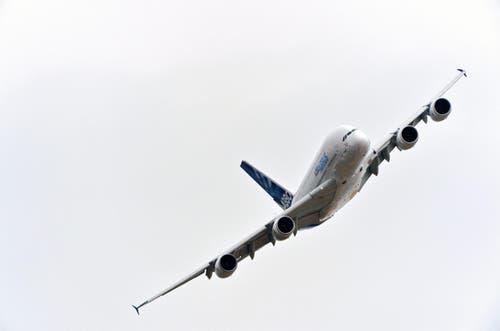 Ein Airbus A380 in der Luft. (Bild: HERVE GOUSSE / AIRBUS)