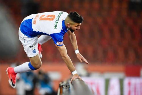 Munas Dabbur prägt die Partie mit seinen zwei Treffern. (Bild: Keystone)