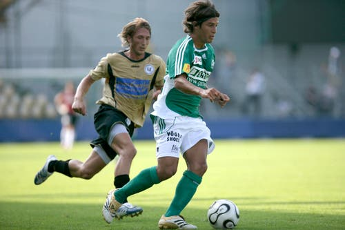 Davide Callà sorgte im Sommer 2008 mit seinem Transfer zu GC für Unmut bei den Fans des FC St.Gallen. Als Kapitän verliess er die Espen, nachdem der Abstieg in die Challenge League feststand. Sein Wechsel spülte 440'000 Franken in die Kassen der Ostschweizer. (Bild: Sam Thomas)