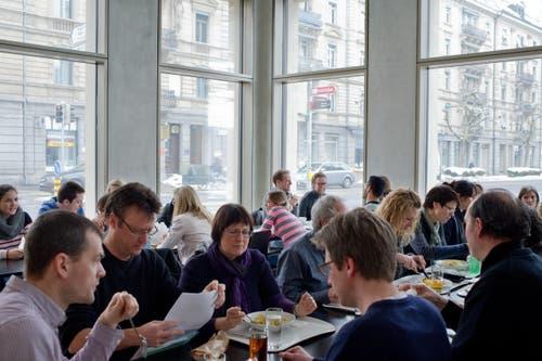 Die FHS-Mensa als neues Restaurant-Angebot für die Stadt. (Bild: Coralie Wenger)