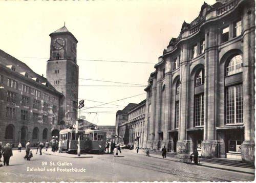 Die Tramhaltestelle im Bahnhofsquartier. (Aufgenommen: 1945-1955) (Bild: Stadtarchiv der Ortsbürgergemeinde St.Gallen)