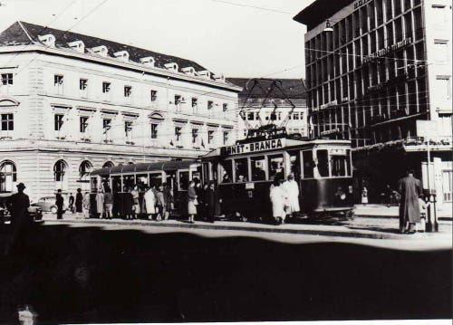 Die letzte Tramfahrt nach 60 Jahren. (1957) (Bild: Stadtarchiv der Ortsbürgergemeinde St.Gallen)