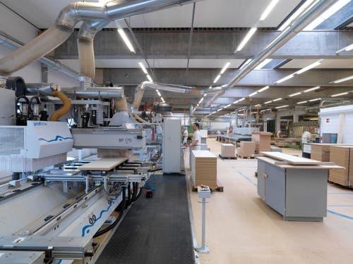 Modernste Produktionsanlagen ermöglichen eine qualitativ hochstehende und effiziente Fertigung. (Bild: Felix Wey)
