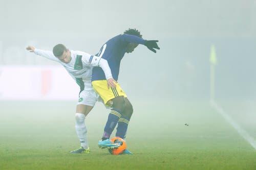 Muhamed Demiri spielte nicht oft für den FC St.Gallen. Im Dezember 2013, im Heimspiel gegen Swansea, kam er zum Einsatz. Er ist aktuell vereinslos. (Bild: Michel Canonica)