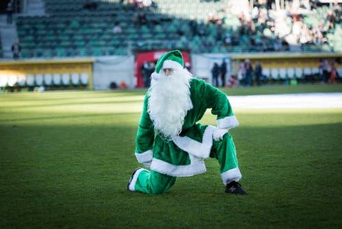 Am 6. Dezember 2015 kam der Samichlaus in die Arena - und die Espen waren gegen Vaduz wieder einmal die Chläuse: Es gab nur ein erknorztes 2:2 gegen die Ländle-Kicker. (Bild: Beat Belser)