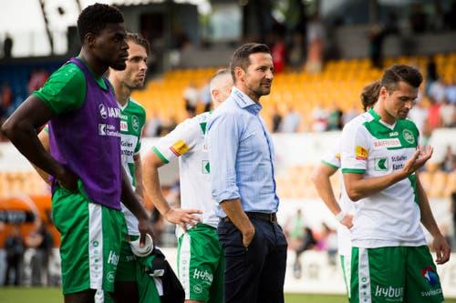 Auch in der neuen Saison müssen sich die St.Galler nach dem Spiel bei Vaduz ihren Anhängern erklären - im Ländle setzt es am 21. August 2016 eine 0:2-Pleite ab. (Bild: GIAN EHRENZELLER (KEYSTONE))