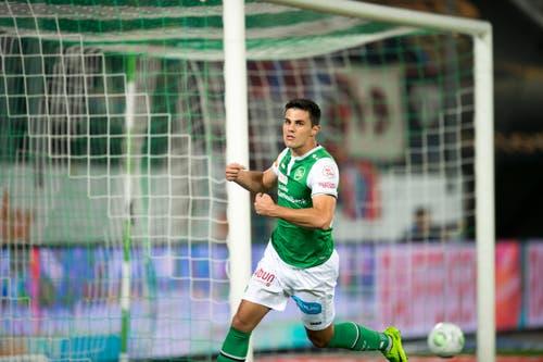 Auch Danijel Aleksic zeigt sich sichtlich stolz über seinen Treffer. (Bild: Urs Bucher)