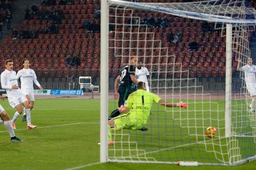 Später 2:2-Ausgleich: Am 24. Oktober 2015 rettete Dzengis Cavusevic dem FCSG in der Nachspielzeit auswärts beim FCZ einen Punkt. (Bild: WALTER BIERI (KEYSTONE))