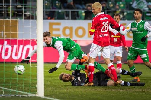 Cedric Itten vom FC St.Gallen schiesst das 3:0. (Bild: Michel Canonica)