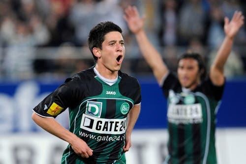 Moreno Costanzo eröffnet den Reigen der Millionentransfers. Der Offensivspieler, der derzeit beim FC Vaduz unter Vertrag steht, verliess die St.Galler nach der Saison 2009/2010 und heuerte bei YB an. Für den Transfer überwiesen die Berner 1,1 Millionen Franken in die Ostschweiz. (Bild: Urs Bucher)